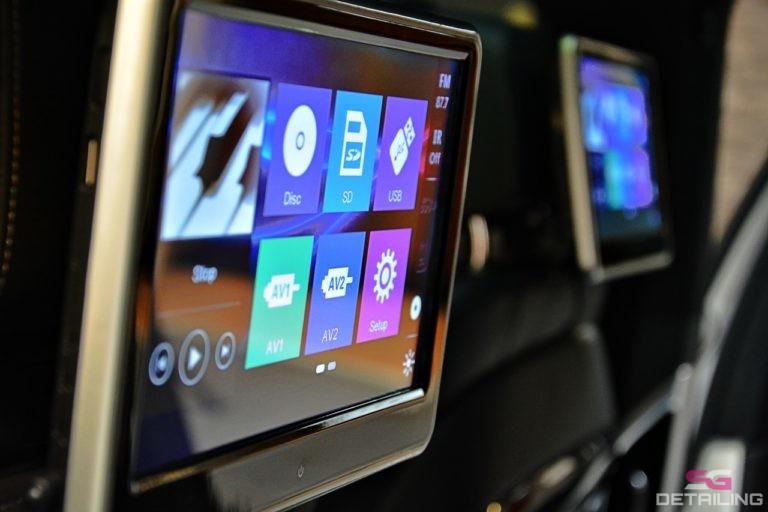 BMW 7 G11 ekrany w zagłówkach