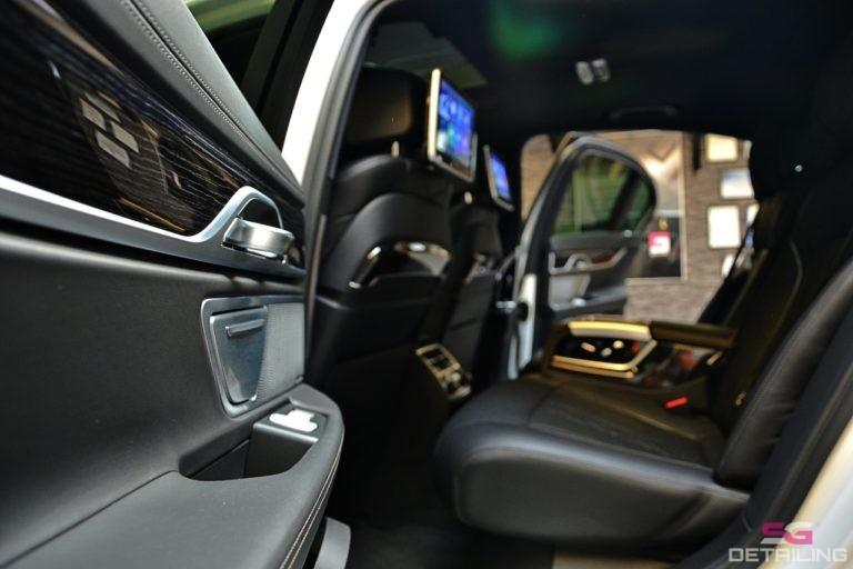 BMW 7 G11